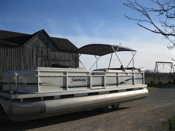 2000 Sweetwater 2423 Pontoon Boat W 50 Hp Honda Seats 12