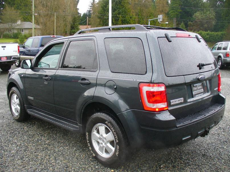 2008 Ford Escape Limited Fully Loaded Outside Nanaimo