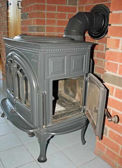 Like New Jotul F600 Firelight Wood Stove  Grey\/Black