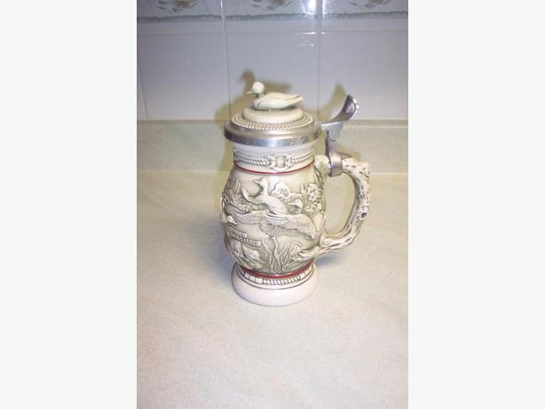 Avon 1988 Ducks of the American Wilderness Stein
