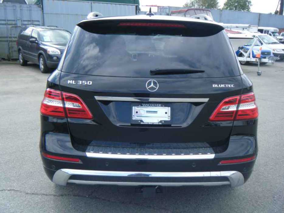 2012 mercedes benz ml350 outside comox valley courtenay comox for Mercedes benz bay ridge