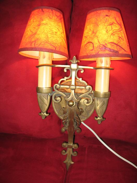 PAIR OF ANTIQUE WALL SCONCES REDUCED by USD 50 Victoria City, Victoria