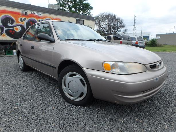 1999 toyota corolla ce low km gloucester gatineau. Black Bedroom Furniture Sets. Home Design Ideas
