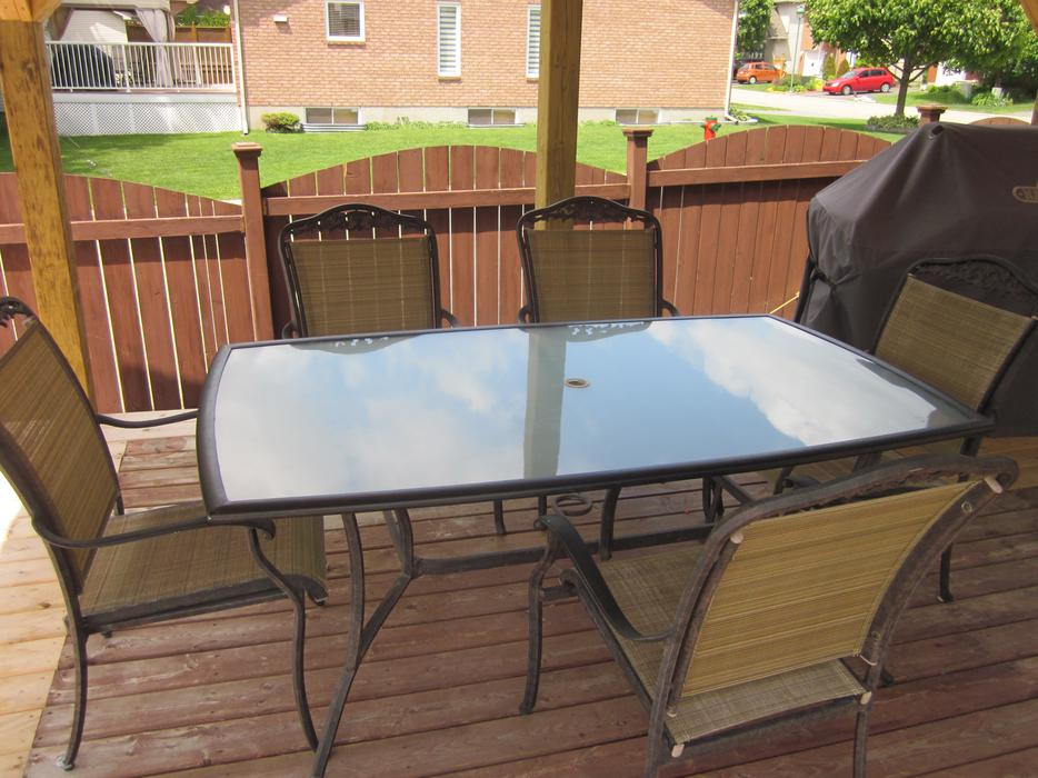 Patio set hull sector quebec ottawa mobile for Outdoor furniture quebec