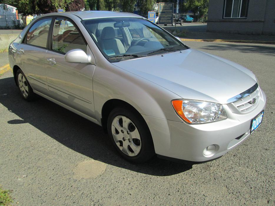2006 Kia Spectra Lx On Sale Only 85 Kms Victoria City Victoria