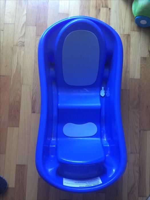 baby bathtub esquimalt view royal victoria. Black Bedroom Furniture Sets. Home Design Ideas