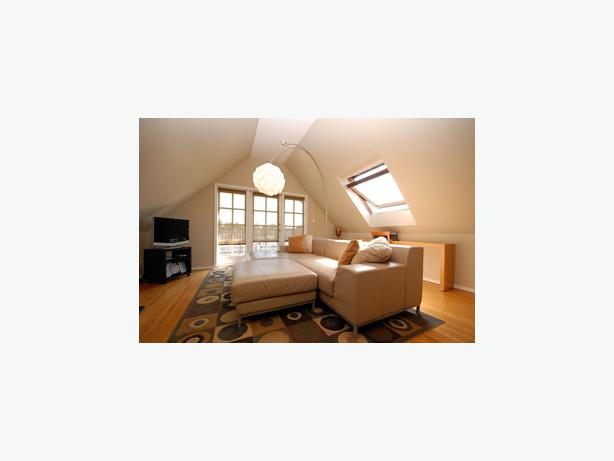 Luxurious 2 Bedroom Furnished Suite for Weekly Rental in Kitsilano #445w