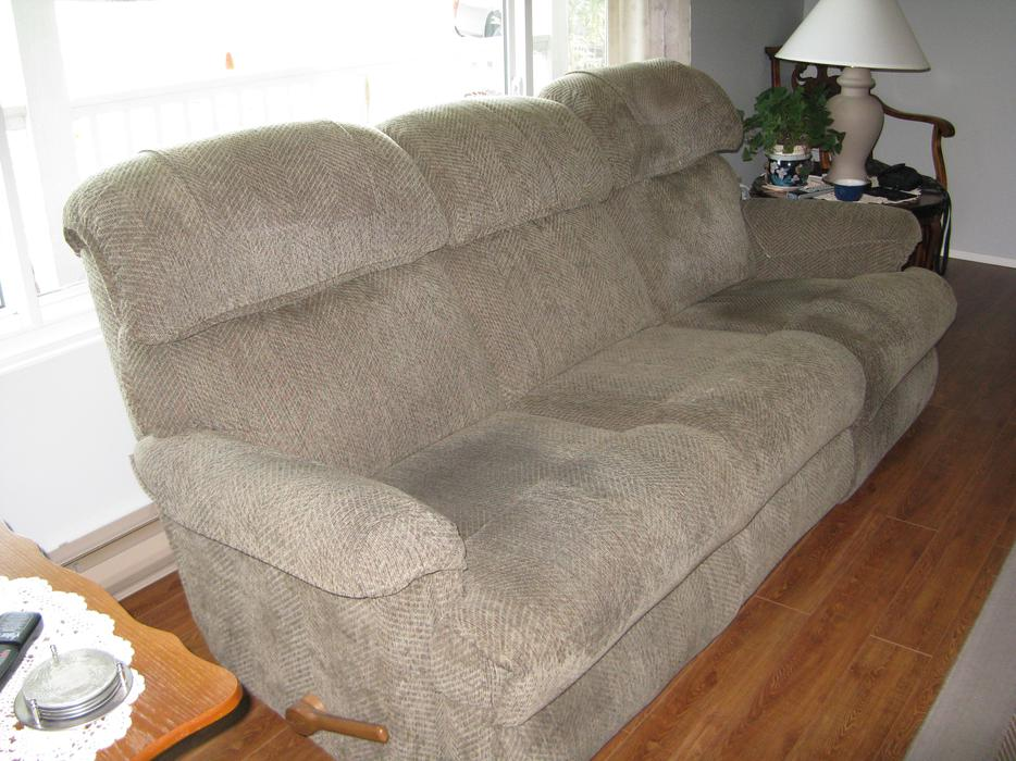 Lazy Boy Sofa Campbell River Comox Valley Mobile