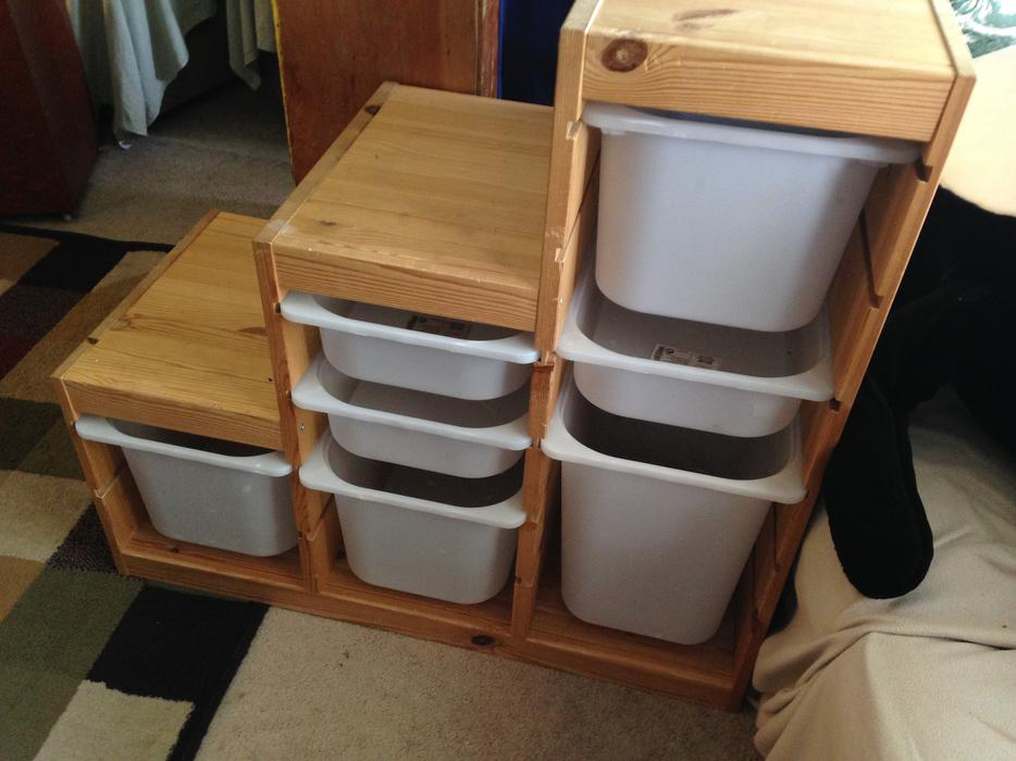 Ikea trofast pine frame storage unit with bins saanich for Mobile trofast