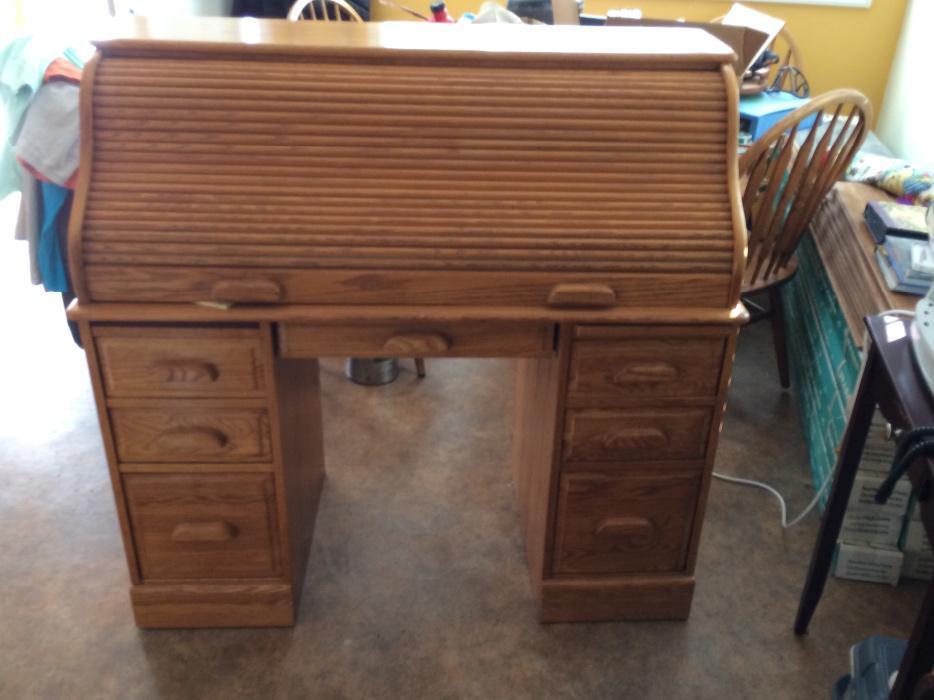 Solid Oak Roll Top Desk Saanich Victoria