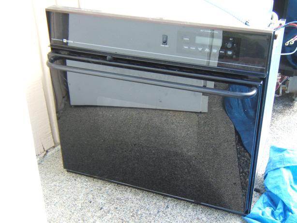 30 Maytag Self Clean Wall Oven North Nanaimo Nanaimo