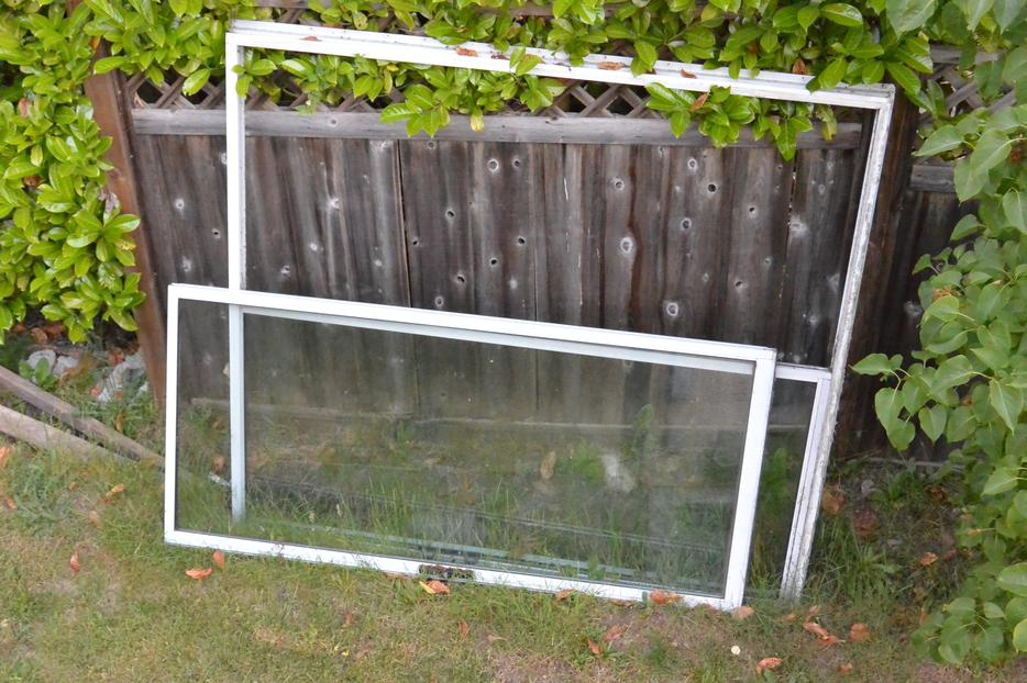 Free 6ft sliding patio door south nanaimo parksville for 6ft sliding patio doors