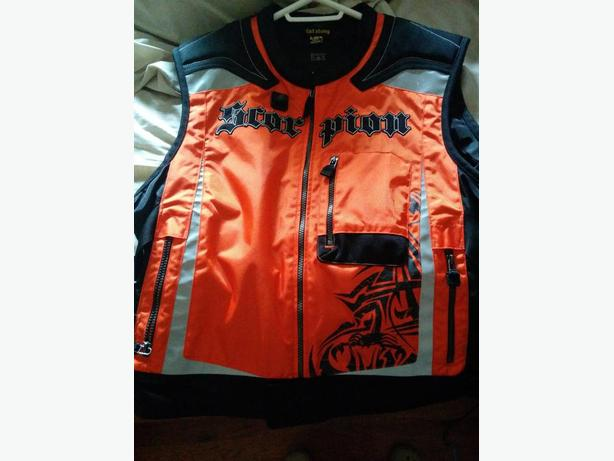 Scorpion vision vest