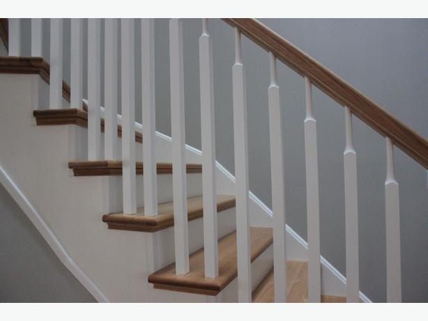 white railing spindles poteaux blancs pour rampe d 39 escalier orleans ottawa mobile. Black Bedroom Furniture Sets. Home Design Ideas
