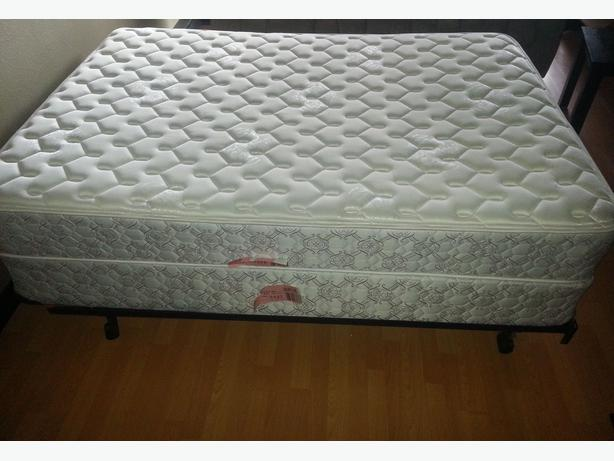 Double Bed Set From Sears ( Mattress