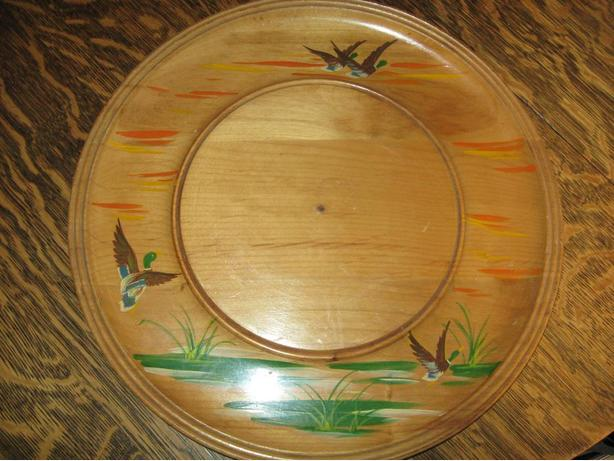 Folky wood tray with painted ducks