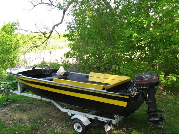 Fiberglass boat with Evinrude tracker 30 HP