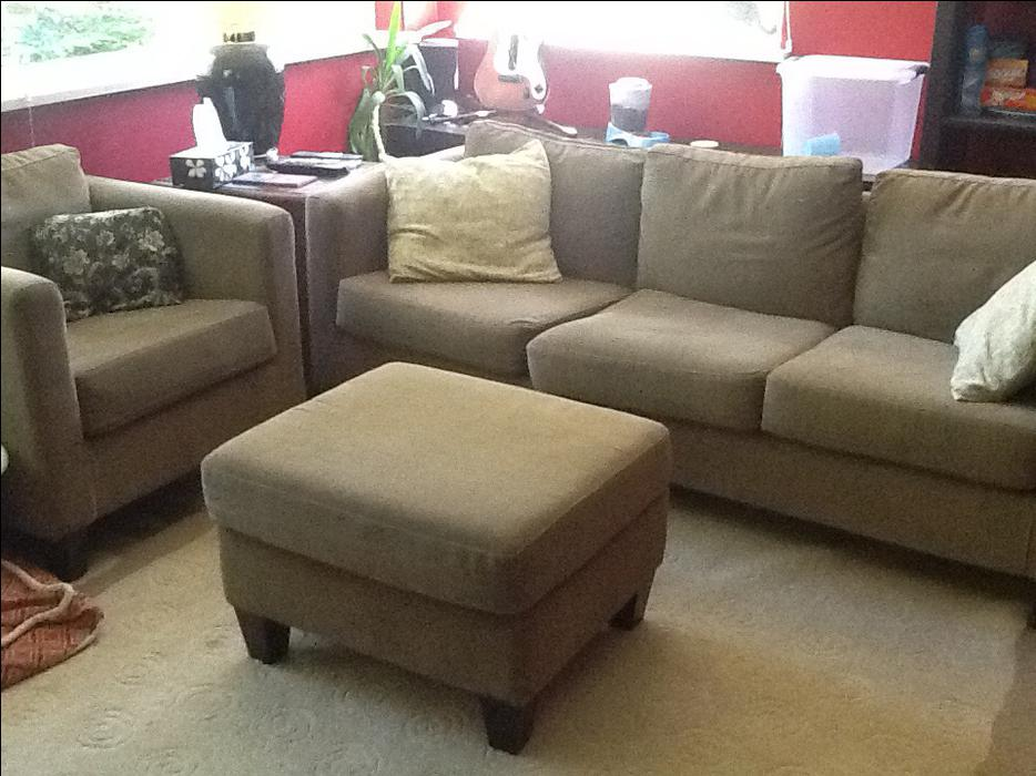 apartment sized sofa set excellent condition saanich