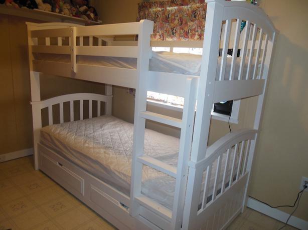 white sears bunk beds ladysmith, cowichan