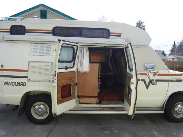 1982 Class B Vanguard Raised Roof Motorhome Camper Van