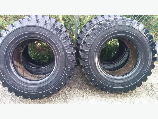 Michelin radial Skidsteer tires 12 x16.5 Saanich, Victoria