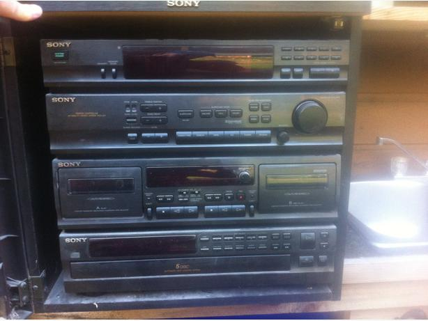 SONY amp tuner dual cassette and disc changer