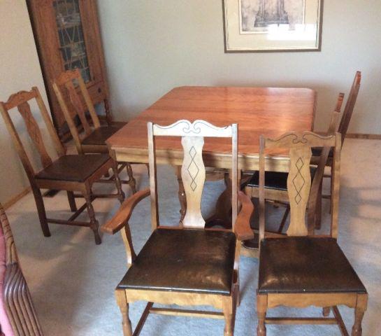 Maple Dining Room Set: Antique Maple Dining Room Set North Regina, Regina