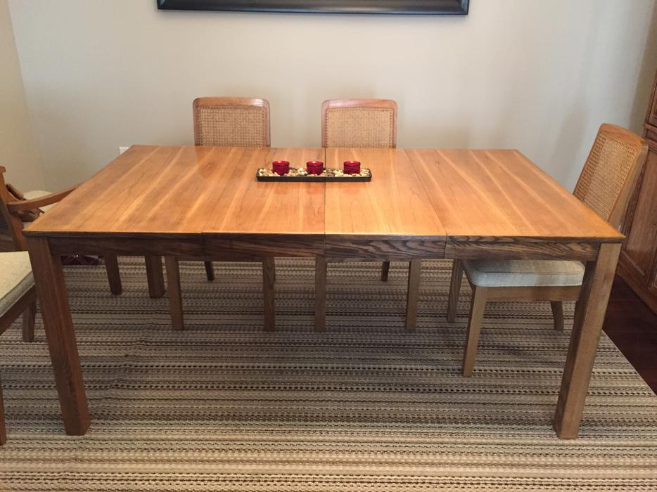 Excellent condition wood dining table saanich victoria for Dining room tables victoria bc