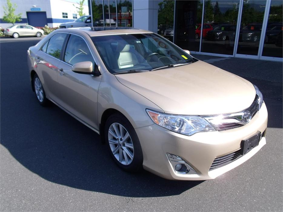 2012 toyota camry xle courtenay courtenay comox mobile. Black Bedroom Furniture Sets. Home Design Ideas