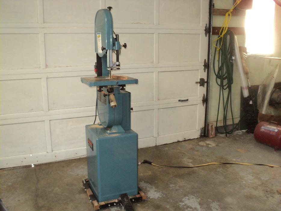 Jet JWBS-14CS woodworking bandsaw Campbell River, Comox Valley