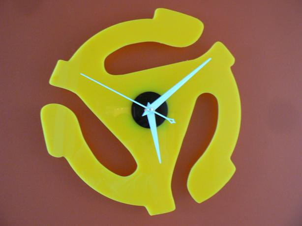 WALL CLOCK 45RPM  RECORD ADAPTER -MAN CAVE MUSIC ROOM