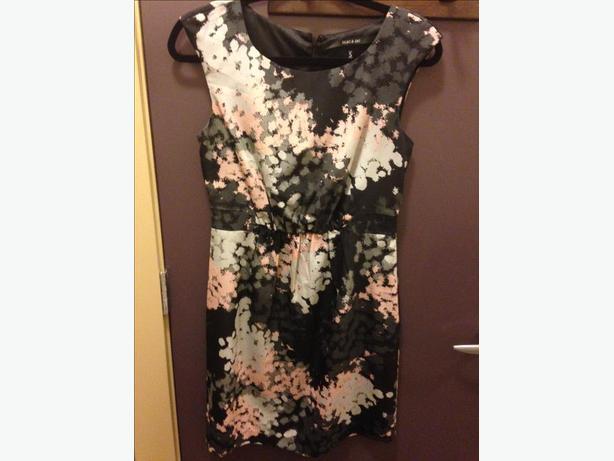 Mac & Jac Dress Size Small Worn Once