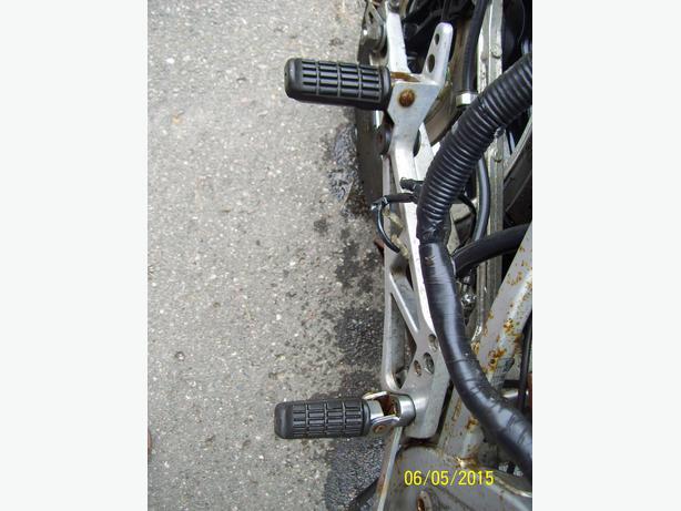 Honda VF1000 VF750 footpegs foot rests bracket footpeg stay