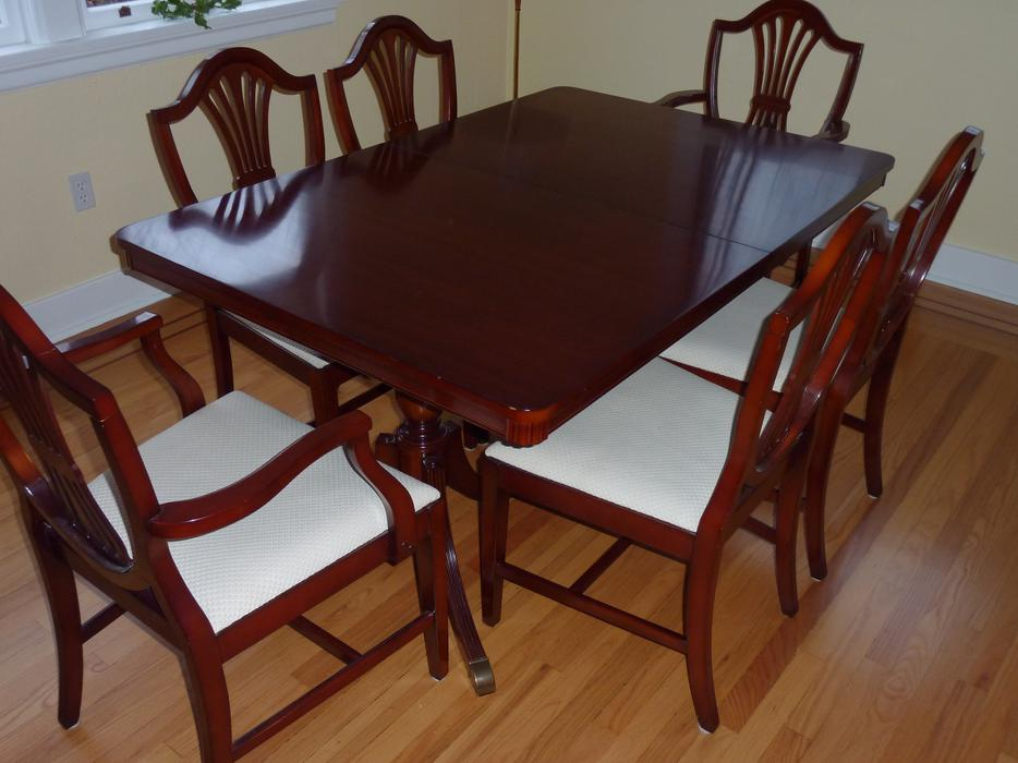 mahogany dining room furniture set esquimalt view royal