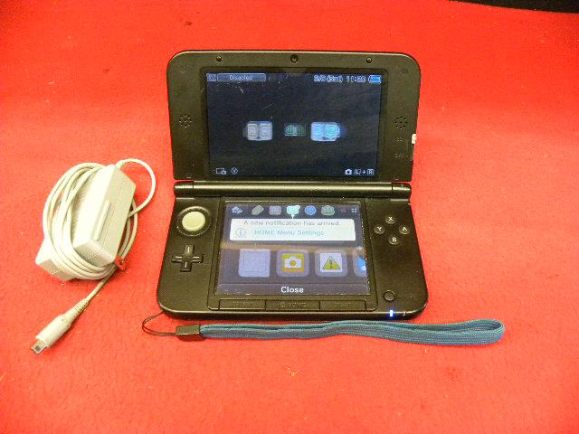blue nintendo 3d ds xl console with adaptor victoria city. Black Bedroom Furniture Sets. Home Design Ideas