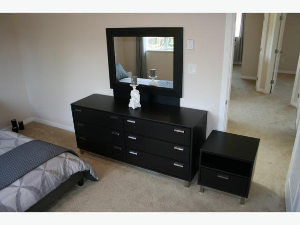 Quality bedroom furniture set ladysmith cowichan mobile Mobile home bedroom furniture