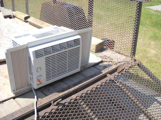 Window air conditioner east regina regina for 12 wide window air conditioner