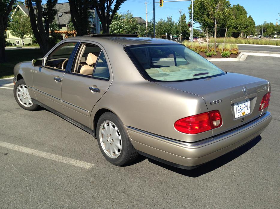 1999 mercedes benz e320 4matic all wheel drive sedan for 1999 mercedes benz e320 4matic