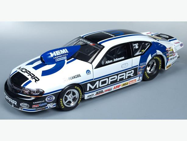 Auto World 1/24 Scale 2012 NHRA Allen Johnson Mopar Avenger Pro Stock