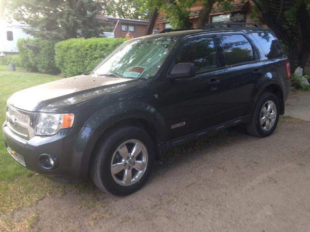 2008 ford escape xlt with all wheel drive awd rural regina regina. Black Bedroom Furniture Sets. Home Design Ideas