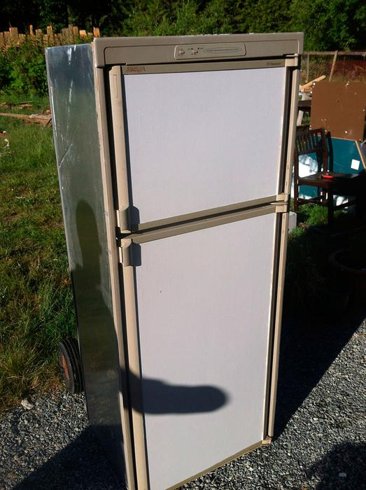 Dometic Rv Fridge 3 Way Ac Dc Propane Needs Repair