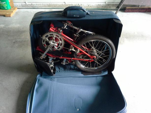 Dahon 16 34 Wheel 3 Speed Folding Bicycle Amp Suitcase Saanich
