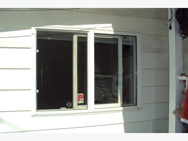 4x3 Pvc Thermopane Window Cowichan Bay Cowichan Mobile