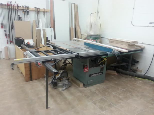 Delta Rt 31 Tablesaw With Excalibur Sliding Fence Duncan