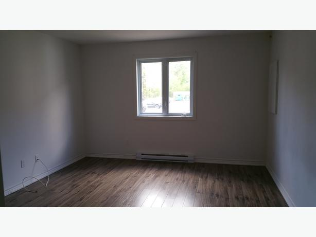 Condo a louer 2ch libre immed for rent 2bed avail now for Chambre a louer gatineau hull