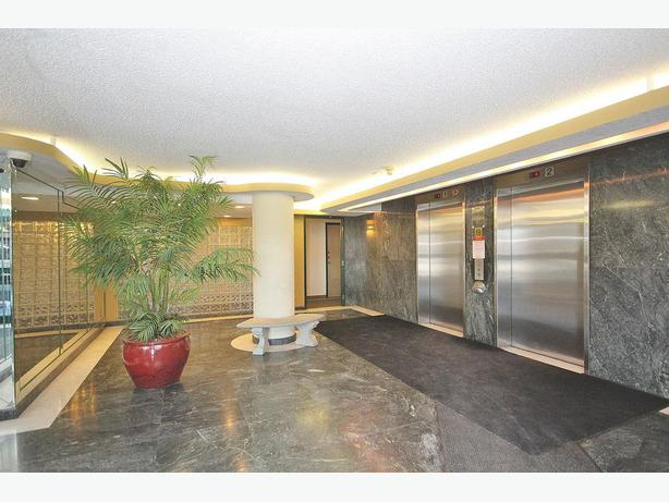 ALTA-VISTA COURT / CONDOMINIUM FOR SALE