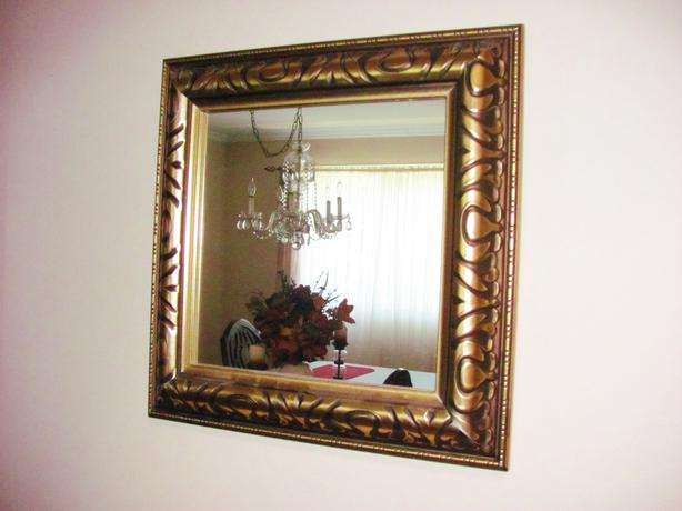 Small gold framed mirror central ottawa inside greenbelt for Small gold framed mirrors