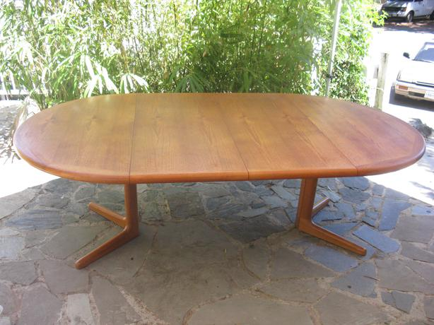 Dyrlund Teak Dining Table With 2 Leaves Edward Valentinsen Saanich Victoria