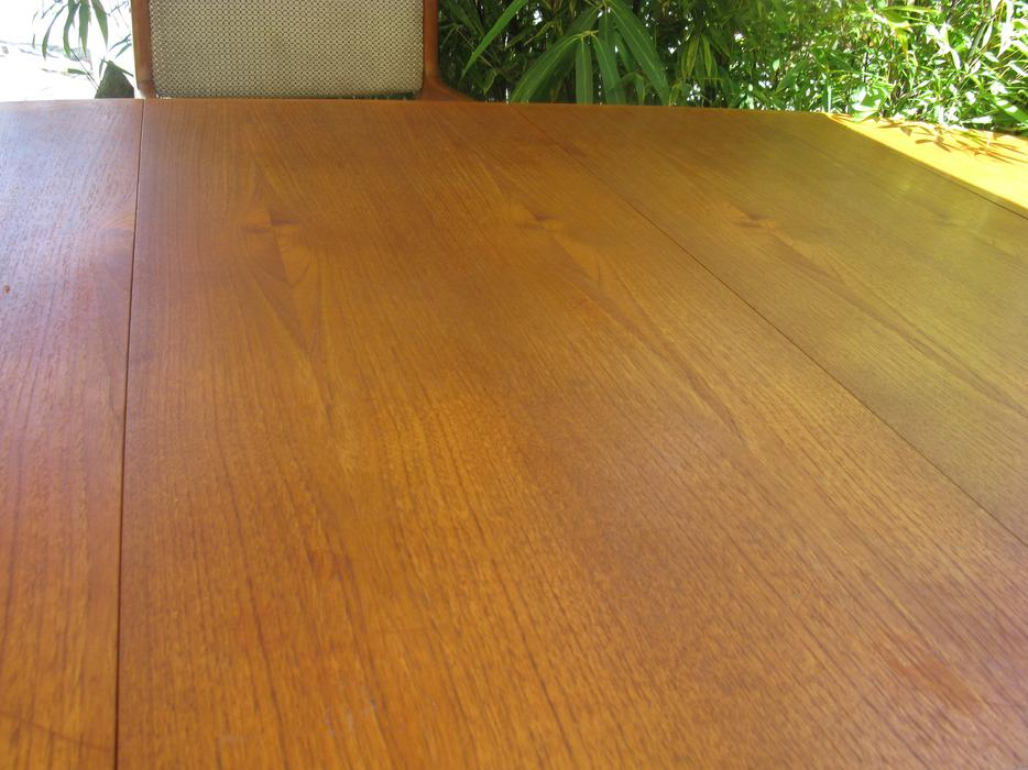 Dyrlund Teak Dining table with 2 leaves Edward  : 47266144934 from www.usedvictoria.com size 934 x 700 jpeg 85kB