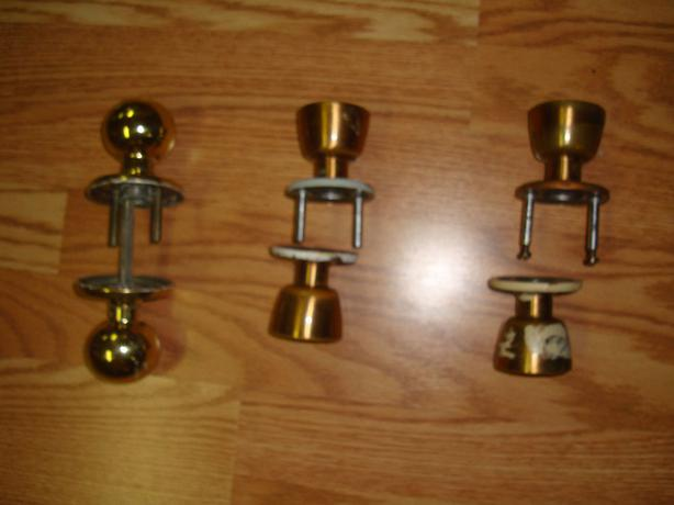 3 Like New Gold Doorknob Sets - Excellent Condition! $2 each